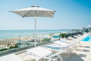 aparthotel-lignano-sabbiadoro-vista-mare